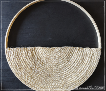 DIY Cat Round Wall Hanging Scratching Post 15