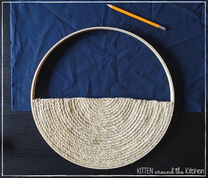 DIY Cat Round Wall Hanging Scratching Post 17